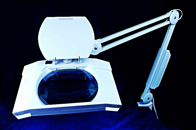 Magnifying lamp light 3 magnfication daylight bulb for Craft light with magnifying glass